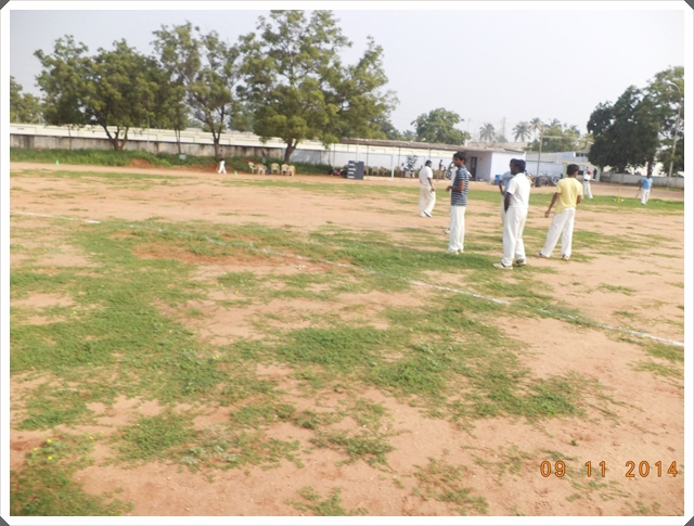 TTRC-CCC Moments before the match - Players Practising